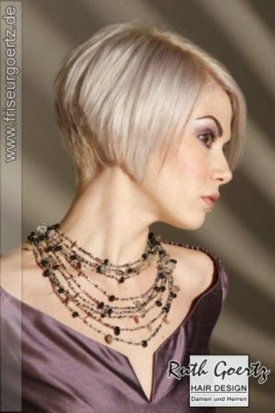 modèle coupe de cheveux nuque courte
