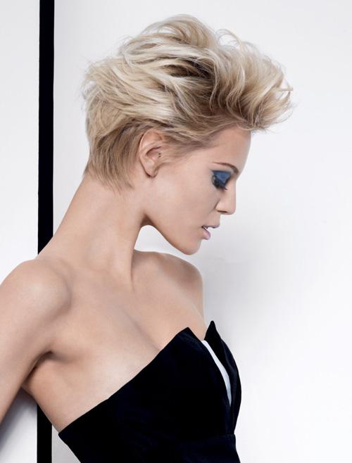 technique coupe de cheveux nuque courte