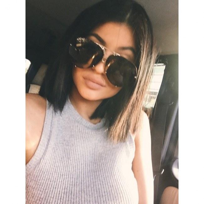 technique coupe de cheveux kylie jenner