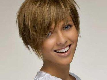 beau coupe de cheveux pour cheveux fins