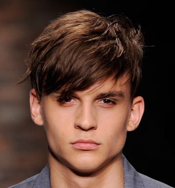 modèle coupe de cheveux oreilles décollées homme