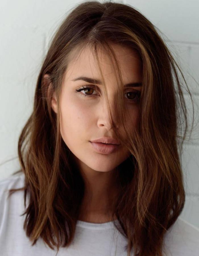 modèle coupe de cheveux visage rond